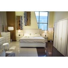 غرفة نوم رئيسية ريكو F458
